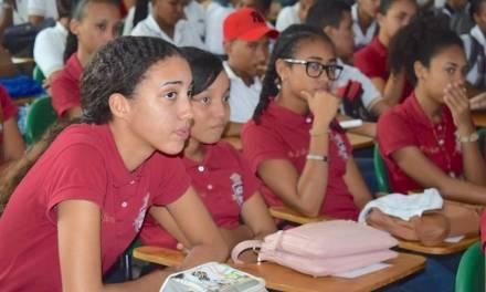 Feria Universitaria de Arjona presentó oferta de estudios para proyectar jóvenes hacia el futuro