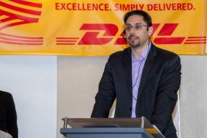 DHL entregó en Colombia a Aldeas Infantiles SOS dos Centros de Tecnología de la Información y Comunicaciones (TIC) que beneficiarán a niños y familias en La Guajira.