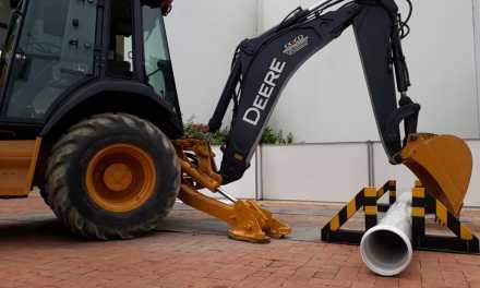 Gerfor lanza en Cartagena tubería que soporta el peso de retroexcavadoras