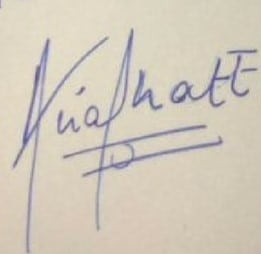 Alia Bhatt Signature