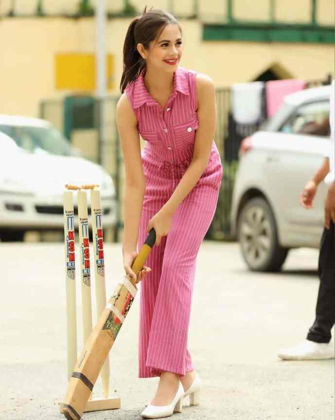 Ritika Badiani Playing Cricket