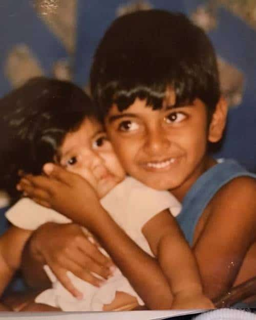 Atharvaa-Murali-childhood-pic-with-his-brother