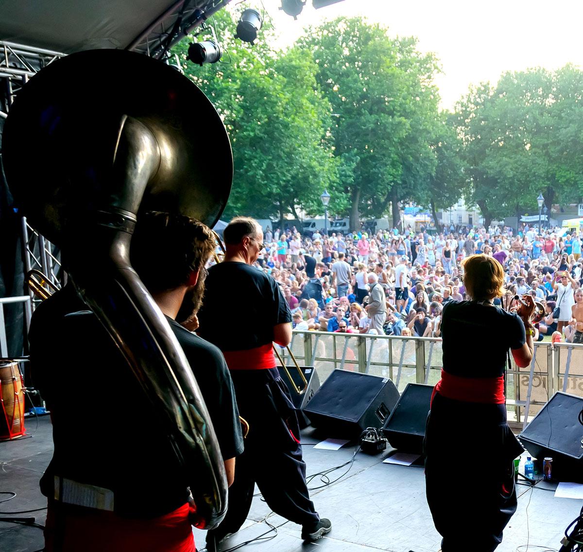 bollywood-brass-band–sliders–book-us–festivals–001