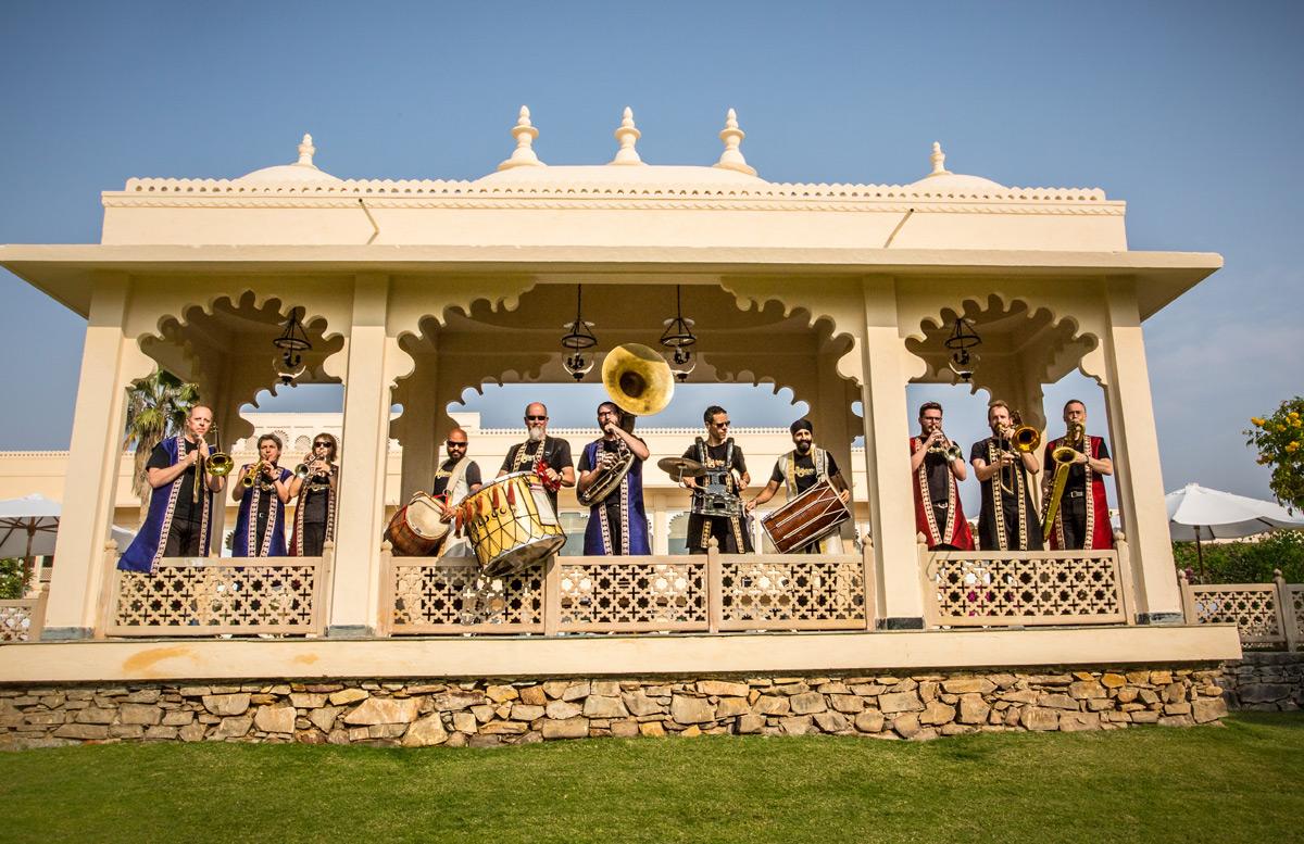 bollywood-brass-band–sliders–weddings–002