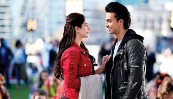 Loveyatri Box Office Collection Daywise India Overseas