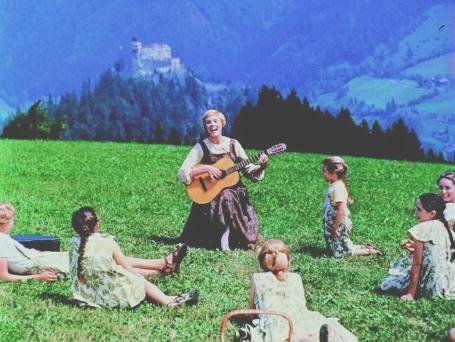 maria_hills_guitar_children_singing_lessons_music
