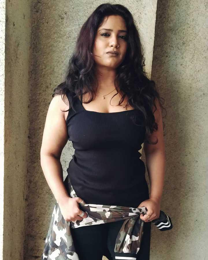 Kavita Radheshyam hot photos
