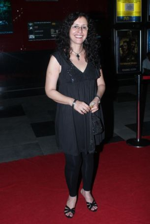 Shernaz Patel at the Red Carpet of 'Love, Wrinkle-Free' premiere at PVR, Phoenix..