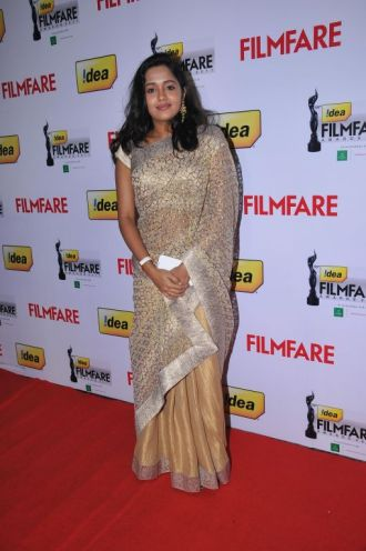 Ananya received The Best Actor Awards in a supporting Role (FEMALE) at the '59th !dea Filmfare Awards 2011' (South) on 8th July at Jawaharlal Nehru