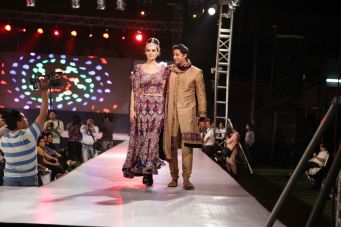 49 - Zulfi Sayyed walks the ramp for designer Asif Shah's collections in Indore at Sayaji Palace,,.
