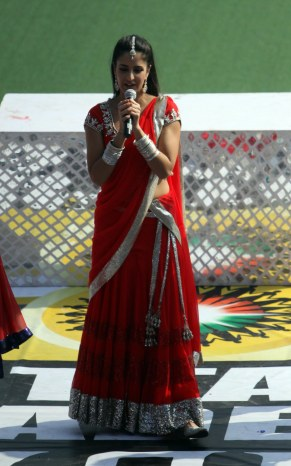 Katrina Kaif performance during UP Wizards and Delhi Waveriders Match at Lucknow on 19th Jan 2013 (2)