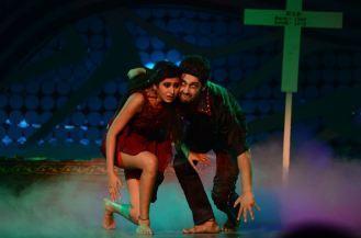 Ravi and Sargun on Nach Baliye-5 set. Catch Nach Baliye-5 sat and sun @ 9pm on STAR Plus