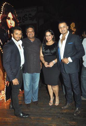 Rushabh Choksi,Sanjay Gupta and Vardhaman Choksi at the Bubbly Bash at Escobar