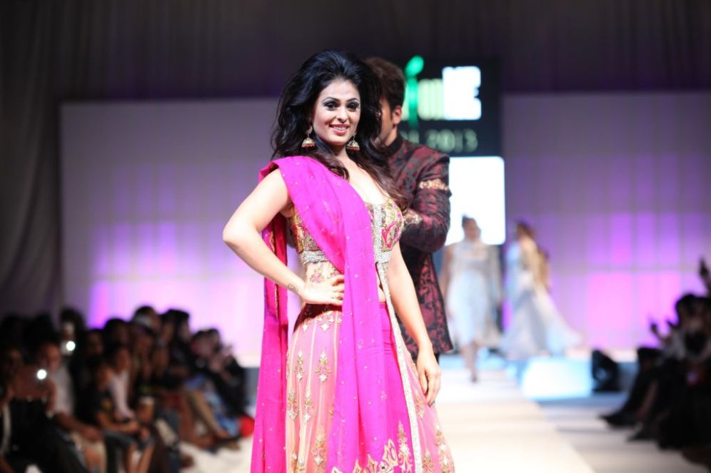 Showstopper Anjana Sukhani at the finale of 'Fashion Me 2013' in Dubai
