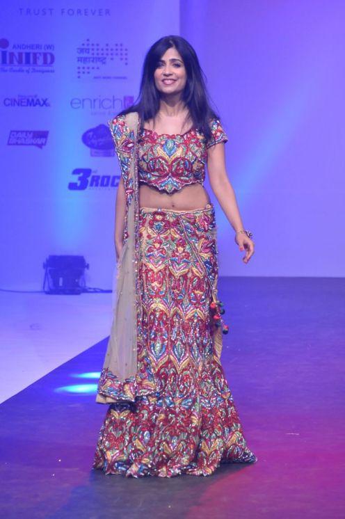 09 Singer Shibani Kashyap @ Tassel Fashion & Lifestyle Awards 2013