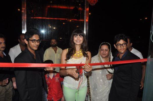 Pooja Batra launching Ovais & Uzair Queraishi's Yoko Sizzlers
