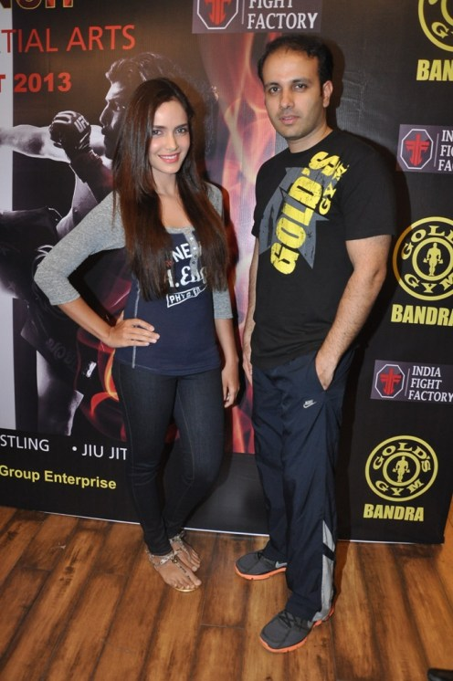6. L - R Shazahn Padamsee and Mr. Istayak Ansari, COO Gold's Gym India for MMA @ Gold's Gym Bandra