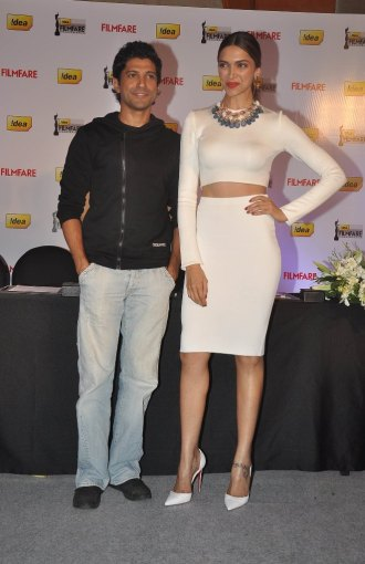 Deepika Padukone & Farhan Akhtar launched the 59th Idea Filmfare Awards Special issue at JW Marriott.1