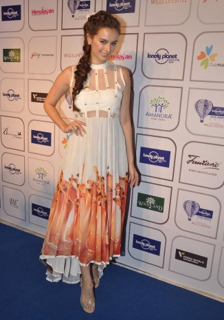 Evlyn Sharma at the Blue carpet of 'The Lonely Planet Magazine India Travel Awards 2014'