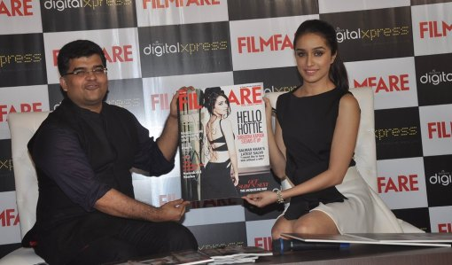 Jitesh Pillaai (Editor, Filmfare) & Shraddha Kapoor at the Filmfare Magazine cover launch at Reliance Digital, Prabhadevi.10