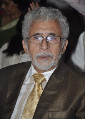 Naseeruddin Shah released Quaiser Khalid's Poetry at Pasbaane Adab's 'Third Inrenational Poetry Festival'.6