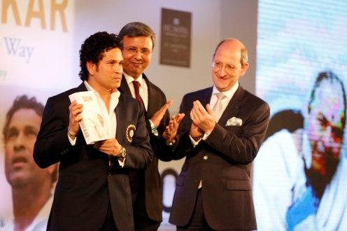L-R ( Sachin Tendulkar, Hachette India Managing Director Thomas Abraham , Philippe Charraudeau, VP West & GM ITC Maratha)