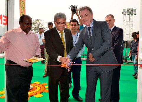 Vyomesh Kapasi alongwith Kevin Costello at the lamp lighting ceremony of the inauguration