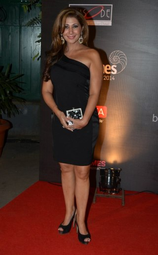 Celebs at the Red Carpet of GoodHomes Awards 2014 at Sofitel,BKC.2