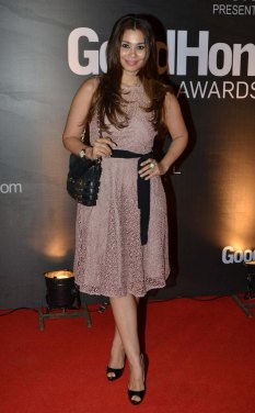 Celebs at the Red Carpet of GoodHomes Awards 2014 at Sofitel,BKC.5
