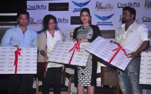 Sponsors & Editors with Huma Qureshi while launching the CineBlitz Magazine cover at SheeShsa Sky Lounge, Juhu.1