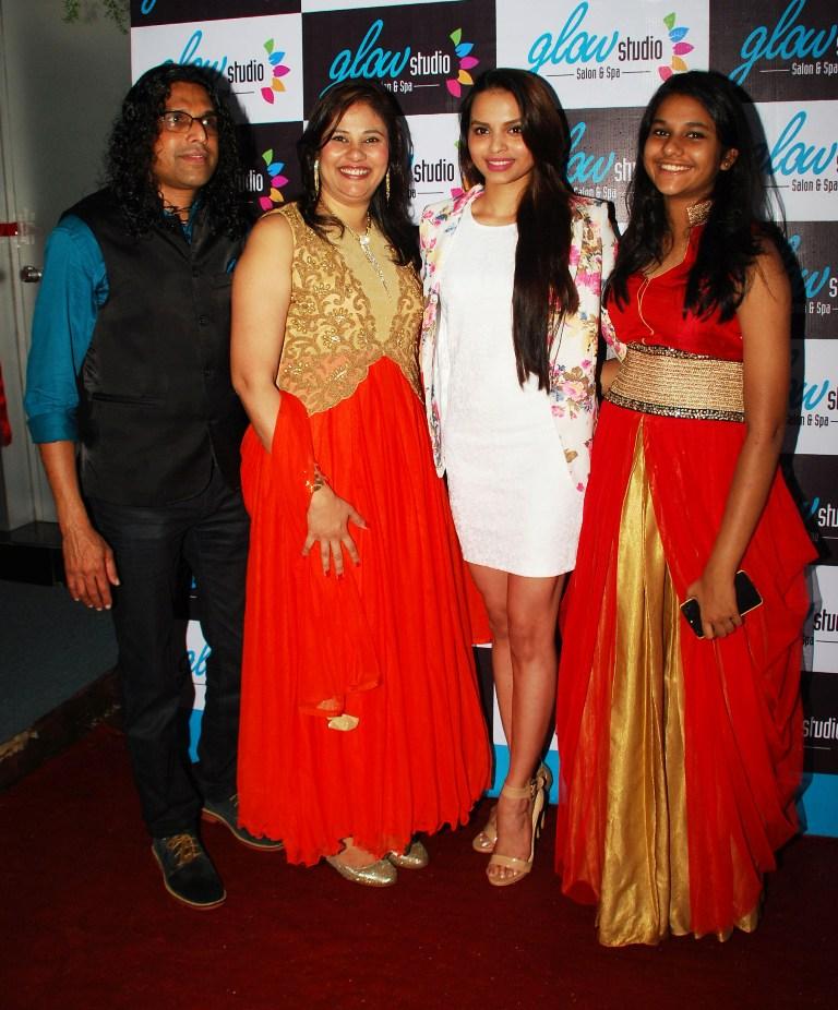 Mr. Ashit, Ms. Mallerine Kukian (Director) & Anoushka with Femina Miss India - Gail Nicole Da Silva post inauguration of 'Glow Studio Salon & Spa' in Thane
