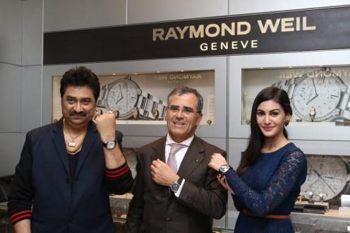 Celebrites felicitated at Raymond Weil event