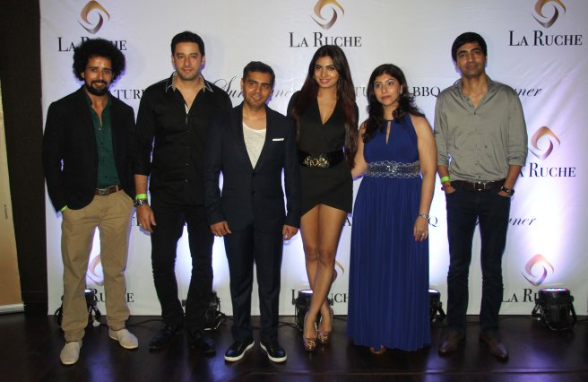 Actors Anil Mange. Zulfi Syed, Owner, Aani Modi, Shallu & Arfi Lamba at the Six Months Completion Celebration of La Ruche, Bandra.1