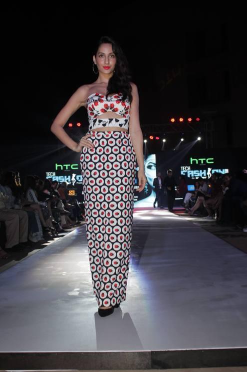 Nora Fatehi @ Tech Fashion Tour