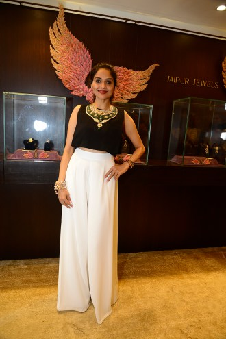 Madhoo Shah at Jaipur Jewels Myga Collection Launch