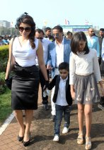 shama-sikander-at-sshaawns-million-cup-on-indian-derby-day_