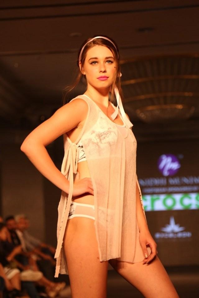 Models at Nidhi Munim Show at IIFW
