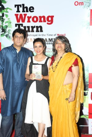 Sanjay Chora, Author, Tisca Chora and Namita Roy Ghose, Author of The Wrong Turn book