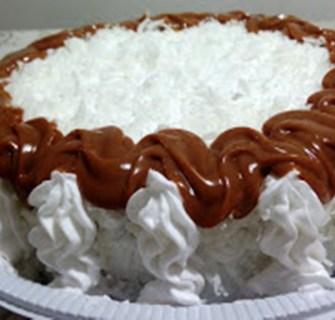 Torta Abacaxi com prestigio