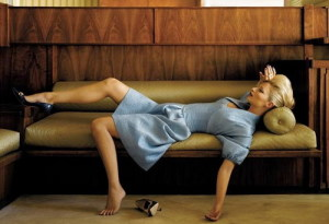 woman-laying-on-green-fainting-couch-images