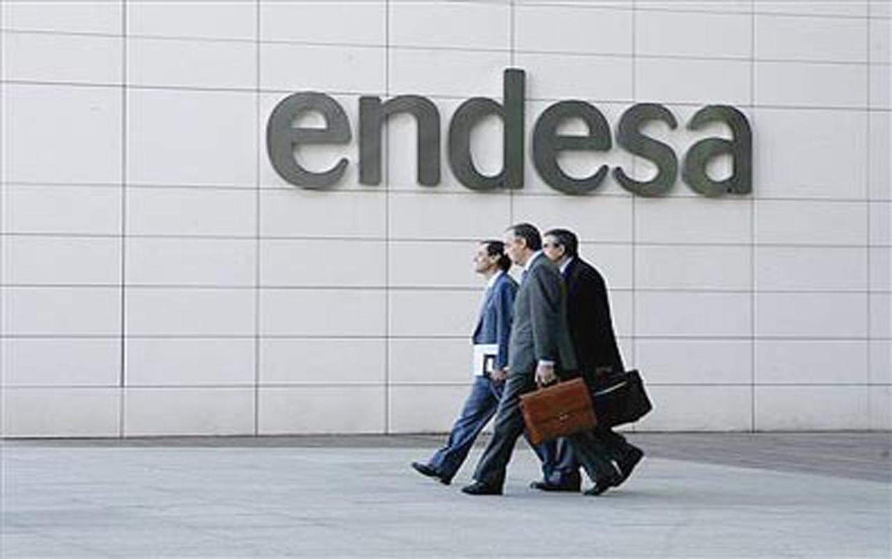 El consejo de Endesa aborda mau00f1ana la oferta de Enel de 8.252 millones