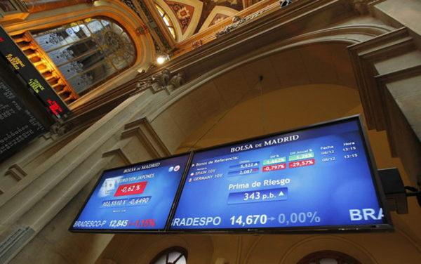 La Bolsa de Madrid cede un 0,56% al cierre del lunes