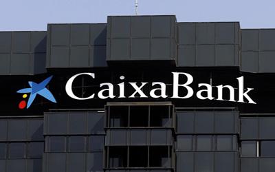 CaixaBank prejubila a 350 empleados