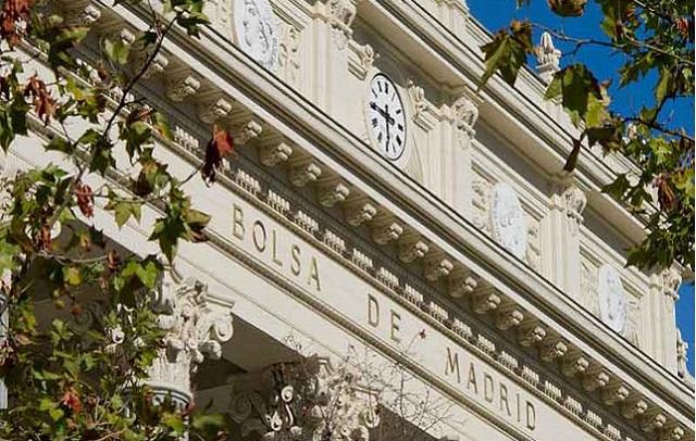 La Bolsa de Madrid acaba el día en positivo (+0,98%)
