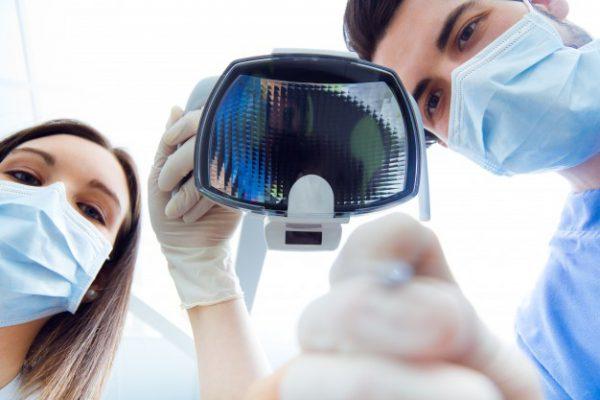 Dentistas en Alcalá de Henares: Limpieza dental profesional