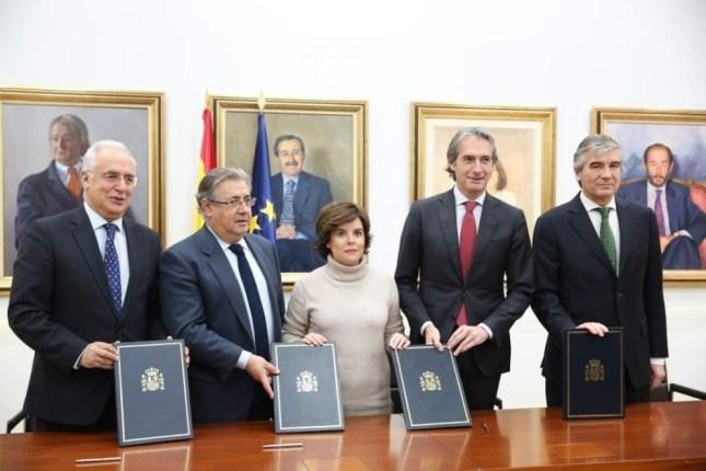 Abertis firma convenio para bonificar el peaje a los vehículos pesados en la AP-68 en La Rioja