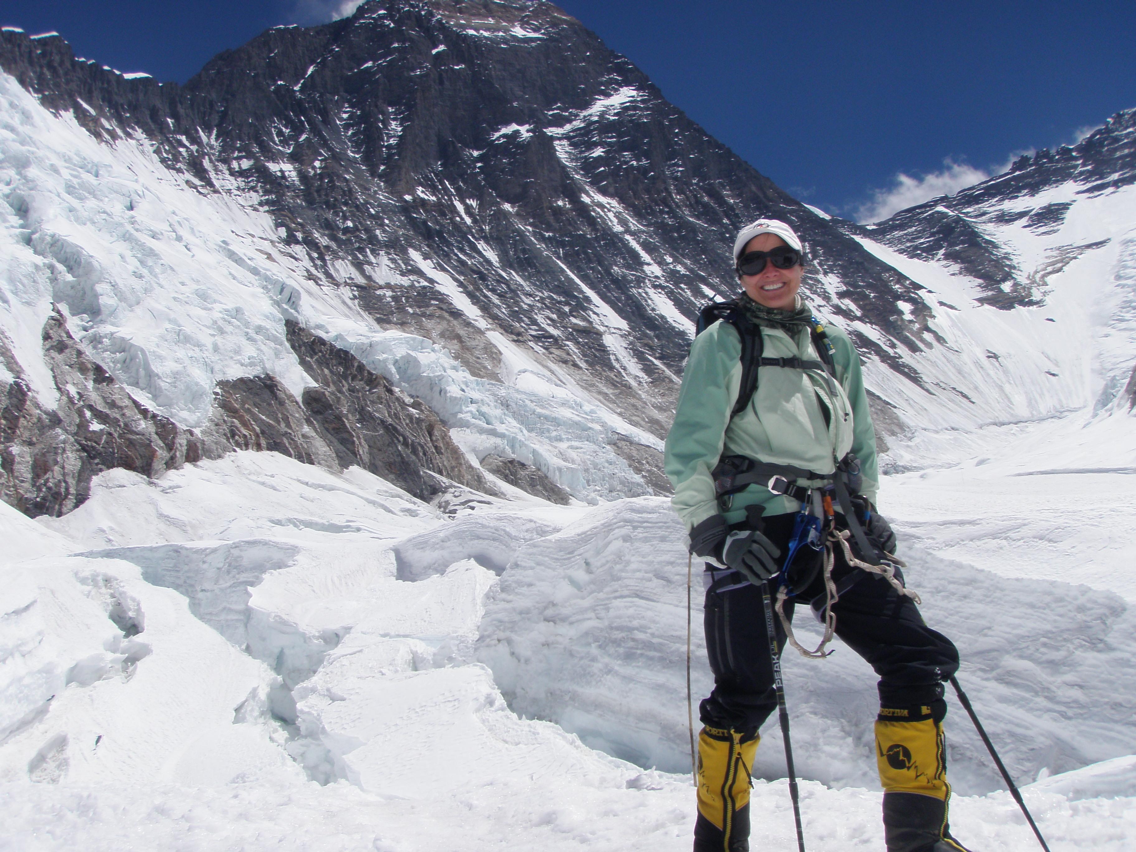 lori-schneider-mount-everest-summit-in-background