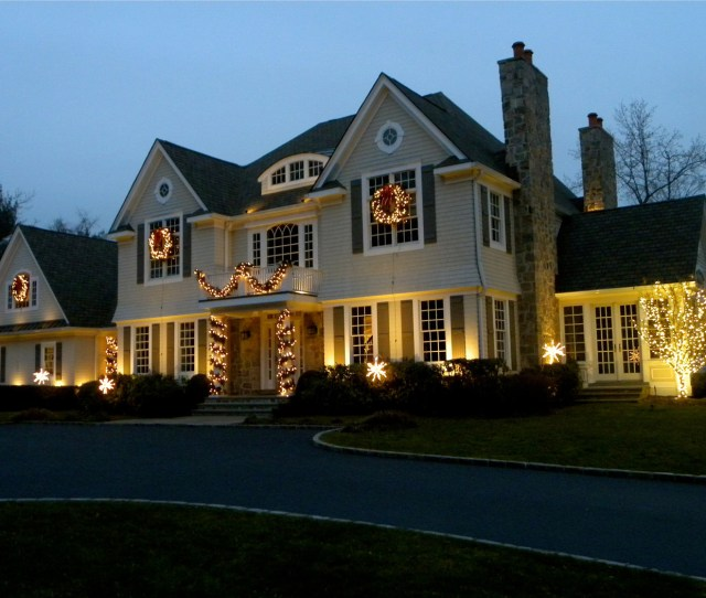 Lights Are By Far The Best Outdoor Christmas Decor There Is Whether You Go All Out Or Create Something More Subtle Christmas Lighting Is Magical