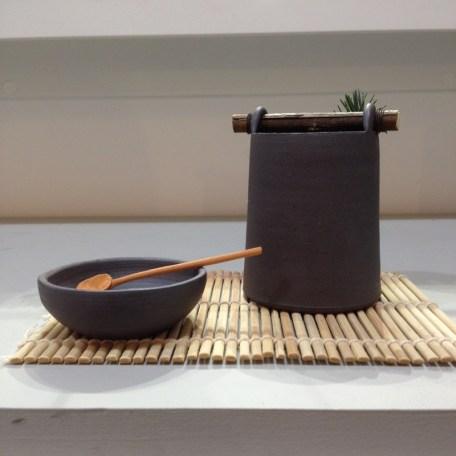 Elaine Bolt Willow Handle Jar