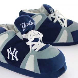 chaussons-officiel-mln-new-york-yankees-sleeperz-NYY01-ARTY1-900x900